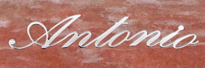 articolo-48-antonio-scritta-in-acciaio-inox