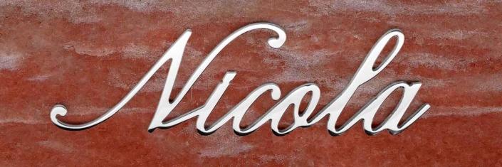 articolo-49-nicola-scritta-in-acciaio-inox